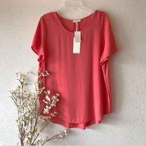 Pleione | NWT Coral Pleated Back Blouse